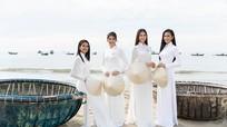Dàn thí sinh Miss World Vietnam đẹp tinh khôi với áo dài, nón lá