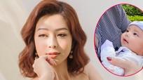 Jennifer Phạm đăng ảnh con gái, khiến fan trầm trồ