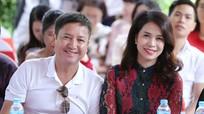NSƯT Chí Trung đáp trả 'gắt' khi bị chỉ trích mối tình với nữ doanh nhân kém 17 tuổi
