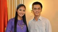 Chồng sắp cưới của Hoa hậu Ngọc Hân đăng ảnh kỷ niệm 10 năm quen nhau