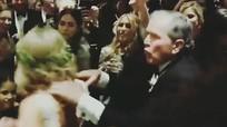 Cựu tổng thống Mỹ George W. Bush nhảy sung trong đám cưới