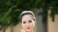 Cuộc sống giản dị của Hoa hậu Mai Phương sau 16 năm đăng quang