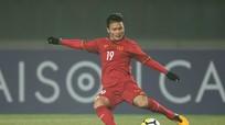 Cuộc đối đầu thú vị giữa Quang Hải với thủ môn Alireza Beiranvand