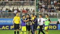 FIFA thay đổi 5 điều khoản Luật bóng đá