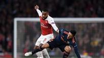 Arsenal thắng thuyết phục ở bán kết lượt đi Europa League
