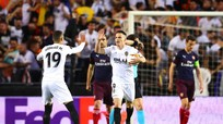 Valencia 2 - 4 Arsenal:  London mở hội