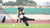 Sông Lam Nghệ An đôn 2 cầu thủ trẻ lên tập luyện