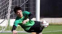 Bùi Tiến Dũng có thể bắt chính ở U23 VN; 3 cựu cầu thủ Real Madrid bị bắt vì bán độ và rửa tiền