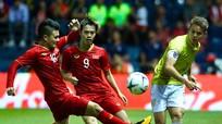 Kiatisak nhận định về tuyển Việt Nam; Công Phượng đá chính tại Bỉ; Neymar cầu cứu MU