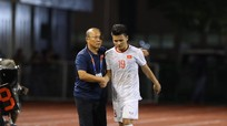 Đức Chinh bị yêu cầu kiểm tra doping; Quang Hải chia tay SEA Games 30?