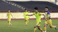 SLNA: Tiền vệ Thái Bảo Trung thêm một lần lỡ hẹn