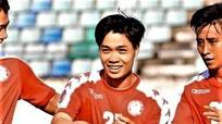 Bùi Tiến Dũng đắt show quảng cáo nhất V-League; CLB TP.HCM tăng mạnh giá vé vì Công Phượng
