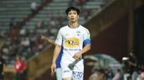 Công Phượng cho huyền thoại bóng đá Thái Lan 'hít khói'; Ông Park có thể mất Đặng Văn Lâm