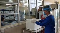 Nữ bệnh nhân mắc Covid-19 từ Dubai về nước sốt cao, viêm phổi