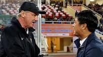 HLV Alfred Riedl qua đời ở tuổi 70; Thủ môn Đặng Văn Lâm rộng cửa tham dự AFF Cup 2021