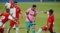 Messi lập cú đúp trong trận thắng 3-1 của Barca; V-League bị người Thái 'móc túi'