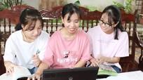 Nữ sinh người Thổ mồ côi bố và ước mơ trở thành sinh viên Đại học Ngoại thương
