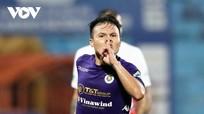 HLV Chu Đình Nghiêm tiết lộ bí quyết giúp Quang Hải tỏa sáng; Liverpool đè đẹp Chelsea