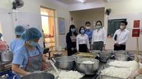 Bộ Giáo dục và Đào tạo kiểm tra mô hình điểm bữa ăn dinh dưỡng học đường tại TP.Vinh