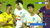 Công Phượng có hành vi không đẹp khi nhận thẻ vàng; Đại chiến M.U vs Liverpool hoãn vô thời hạn
