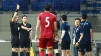 AFC cấm HLV Park tiếp xúc với cầu thủ ở sân; Sao UAE tuyên bố sẽ đánh bại tuyển Việt Nam