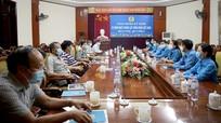 Gặp mặt các đồng chí nguyên là Chủ tịch, Phó Chủ tịch LĐLĐ tỉnh qua các thời kỳ