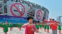 Các nước cấm hút thuốc lá nơi công cộng như thế nào?