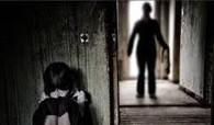 Bé gái 6 tuổi bị gã hàng xóm mù xâm hại tình dục