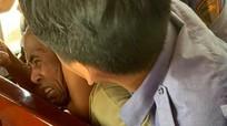 Hành hung vợ trên tàu hỏa, nam hành khách bị khống chế, bàn giao cho Công an Nghệ An xử lý
