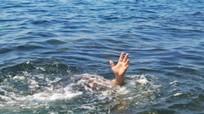 Ra sông tắm mát, một học sinh lớp 3 đuối nước thương tâm