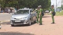Tài xế taxi đâm đồng nghiệp tử vong do tranh giành khách