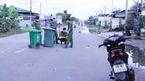 Bị tấn công, 2 người ngã xe tử vong
