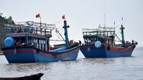 """Hàng trăm tàu """"khủng"""" giá chục tỷ đồng của ngư dân Nghệ An"""