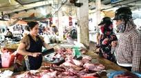 Giá thịt lợn ở Nghệ An tiếp tục giảm mạnh