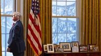 Cố vấn lần lượt ra đi, ông Trump sắp cô độc trong Nhà Trắng?