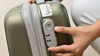 Nhân viên sân bay Tân Sơn Nhất trộm tài sản hành khách