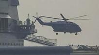 Trực thăng vận tải cất cánh từ tàu sân bay mới của Trung Quốc