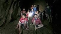 Huấn luyện viên đội bóng nhí Thái Lan mắc kẹt có thể bị truy tố