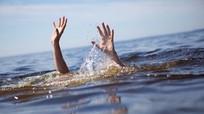 4 học sinh tiểu học chết đuối khi cùng đi tắm sông