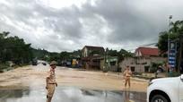 Bí thư Tỉnh ủy Nguyễn Đắc Vinh: Bảo vệ tính mạng nhân dân là trên hết