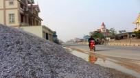 Lấn chiếm lòng lề đường tràn lan ở Hoàng Mai, Quỳnh Lưu
