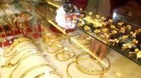 Giá vàng hôm nay (1/4): Bất ngờ tăng mạnh trở lại