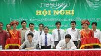 Trường ĐH Vinh trao bằng Cử nhân cho 35 lưu học sinh Lào