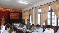 Thứ trưởng Bộ NN & PTNT Đào Xuân Học kiểm tra công tác khắc phục hậu quả mưa lụt ở huyện Con Cuông