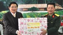 Thường trực Tỉnh ủy Nghệ An chúc tết các đơn vị lực lượng vũ trang trên địa bàn.