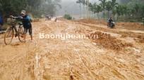 Dự án chậm tiến độ, dân khổ vì đường lầy lội