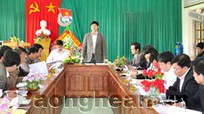Đồng chí Lê Xuân Đại kiểm tra tình hình Khu tái định cư Thủy điện Bản vẽ tại Thanh Chương