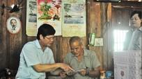 Đồng chí Lê Xuân Đại thăm, tặng quà gia đình chính sách tại Tương Dương, Con Cuông