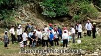 Kỳ Sơn: Phát hiện thi thể một học sinh bên sông Nậm Mộ