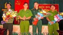 """Lãnh đạo Công an tỉnh Nghệ An tặng hoa, chúc mừng Ban Chuyên án """"102G"""""""